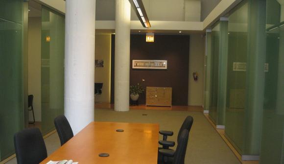 18 41 00 54 streeterville loft office space