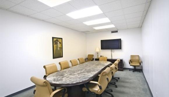 06 05 26 684 708 3 conference room