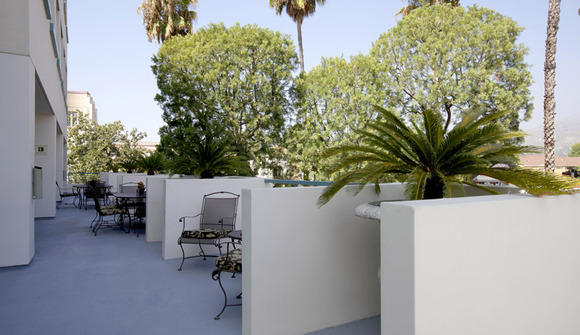 1010 central patio