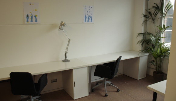 Permanent Desks in Creative Studio, Netil House