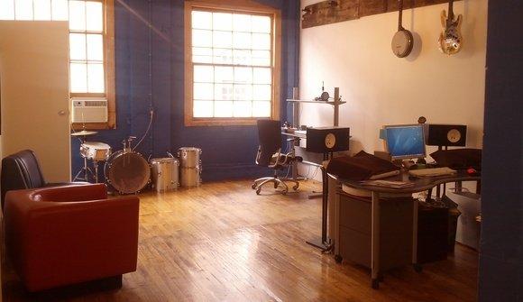 Studio 399