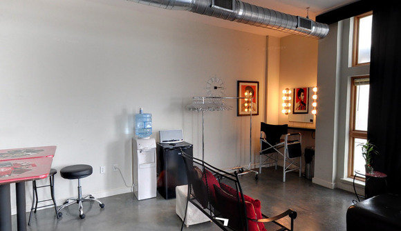 Studio 0002 3