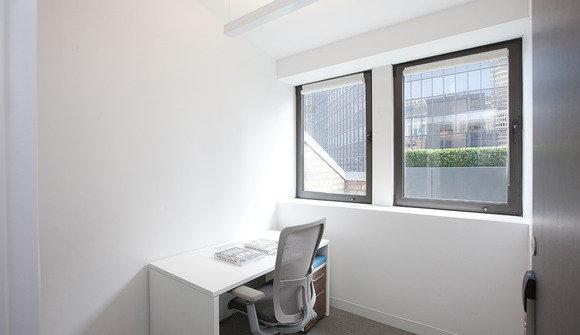 125 single office