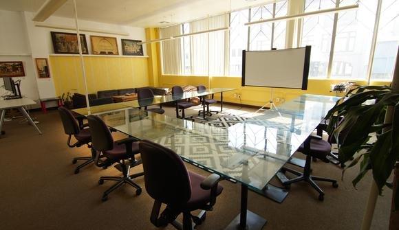 Oakstop open workspace
