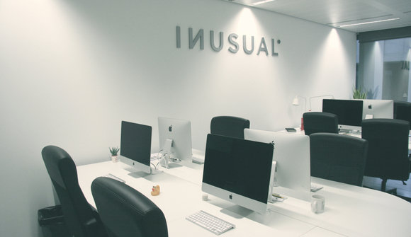 Inusual office 02