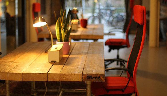 Flexie desk1