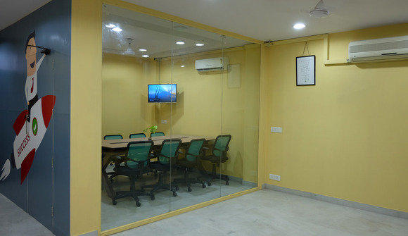 8 people conference room