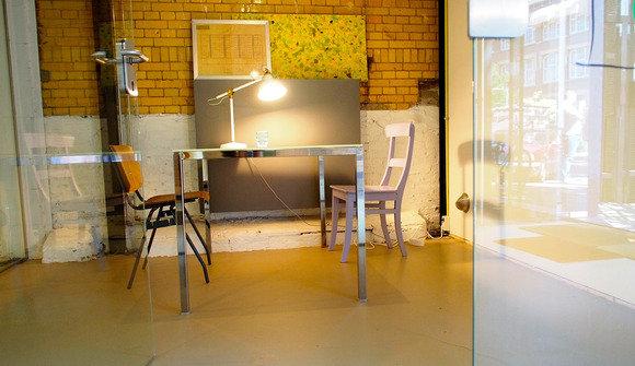 Smallmeetingroom1