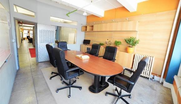 Conferenceroom2
