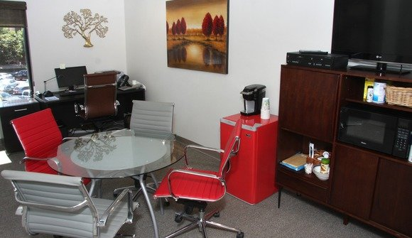 Executive suites 1600x1050
