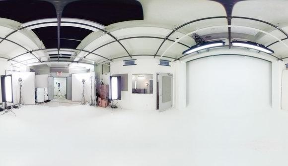 Stage 360 white