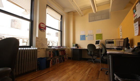 122 w 27 work space