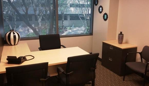 1 person window office 2081