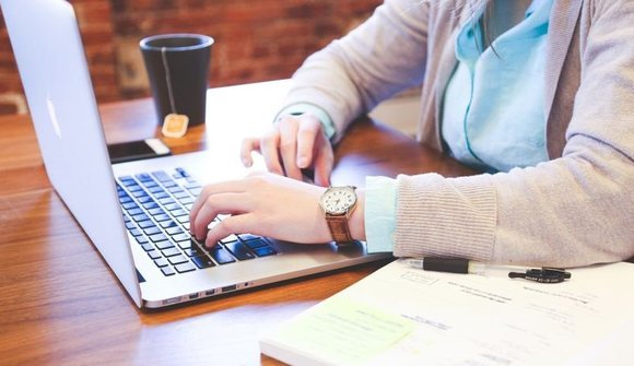 Why students online essay writing services