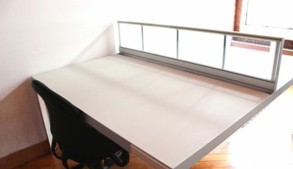 Studio large single desk 1