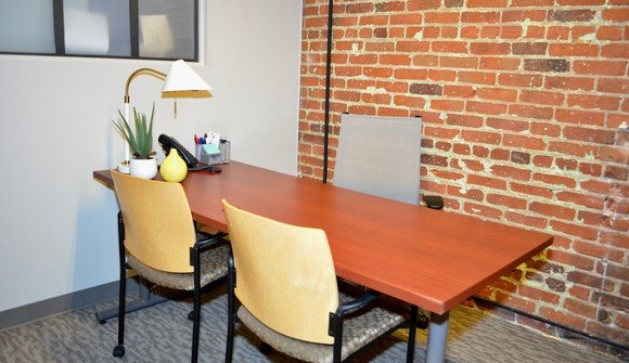 Daily office space for rent in downtown denver