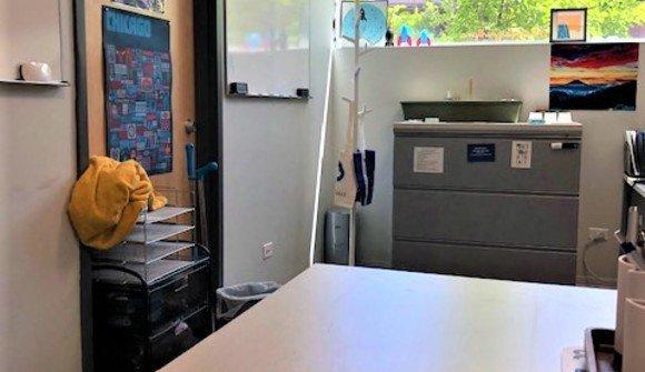 Desk wicker park office