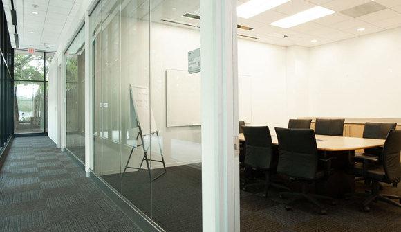 Conference room medium 10